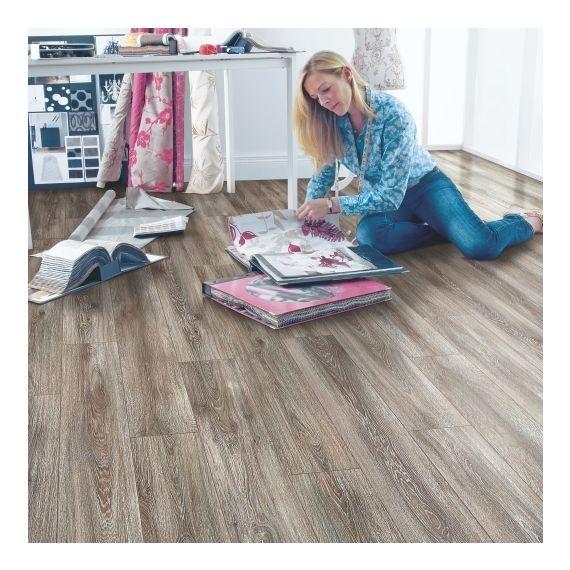 Elka Weathered Oak 12mm 4V Laminate Flooring