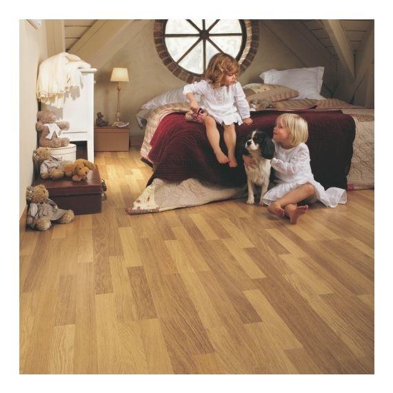 Quick Step Flooring Classic Enhanced Oak Natural Varnished 3 Strip CL998 Laminate Flooring