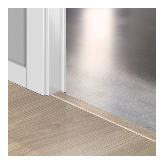 Quickstep Incizo Door/Stair Profiles Elite Light Grey Varnished Oak Planks