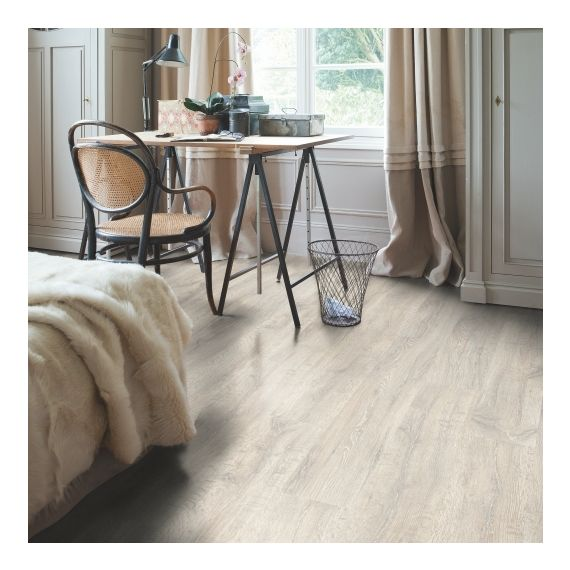 Quick Step Classic Reclaimed White Patina Oak CL1653 Laminate Flooring