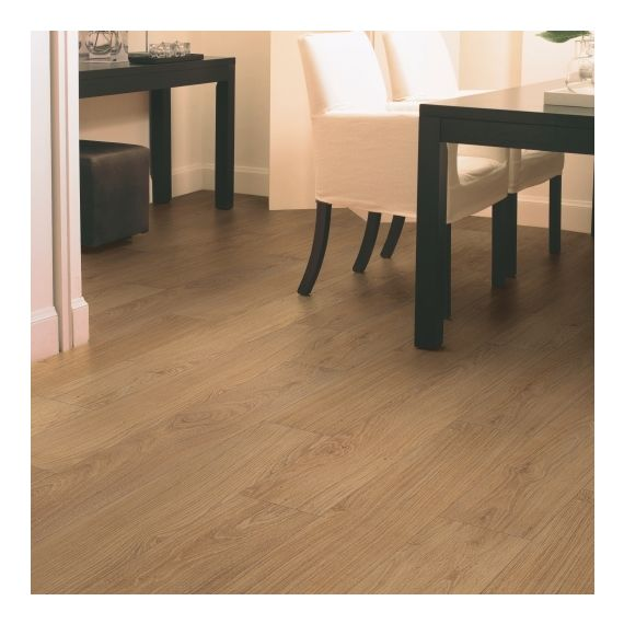 Quick Step Classic Natural Varnished Oak CLM1292 Laminate Flooring