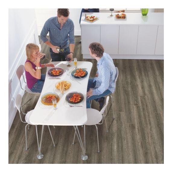 Elka Reclaimed Oak 12mm V4 Laminate Flooring