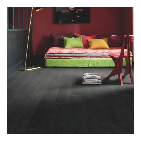 Quick-Step Impressive Burned Planks IM1862 Laminate Flooring