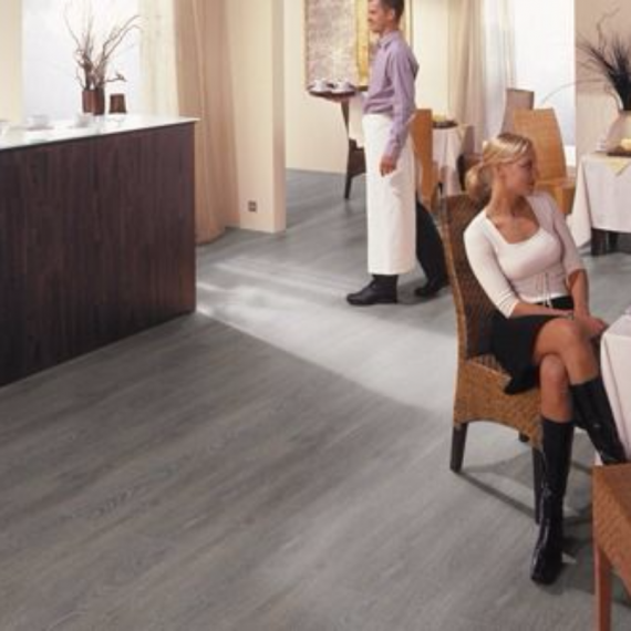 Cheap Laminate Flooring HDM Grey Laminate Flooring 6mm Berlin £4.16m2.