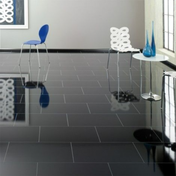 Elesgo Supergloss Brilliant Life Black Laminate Flooring