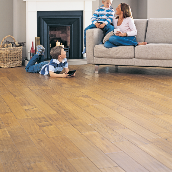 Elka Golden Oak Lacquered Solid Wood Flooring