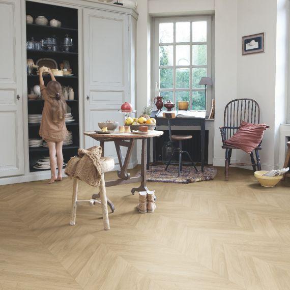 Quick Step Impressive Patterns Chevron Oak Medium IPA4160 Laminate Flooring