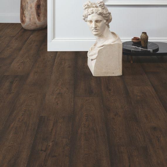Quick Step Signature Waxed Oak Brown SIG4756 Laminate Flooring