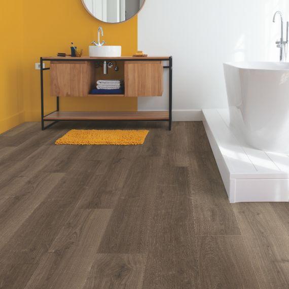 Quick Step Signature Brushed Oak Brown SIG4766 Laminate Flooring