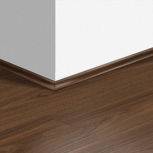 Quick Step Scotia Beading Chic Walnut, Quickstep Walnut Laminate Flooring