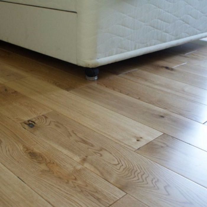 Solid Wood Flooring 18mm Natural Oak Lacquered 150mm Lfdirect