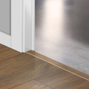 Quickstep Incizo Door/Stair Profiles Classic Midnight Oak Brown Planks