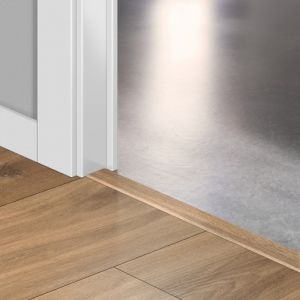 Quickstep Incizo Door/Stair Profiles Classic Midnight Oak Natural Planks