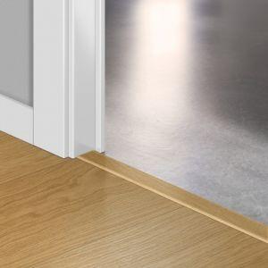 Quickstep Incizo Door/Stair Profiles Impressive Natural Varnished Oak Planks
