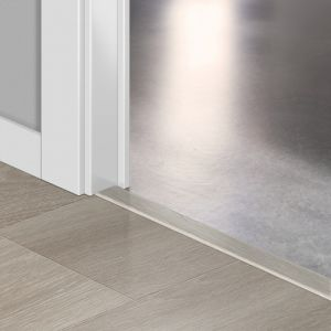 Quickstep Incizo Door/Stair Profiles Largo Long Island Oak Light Planks