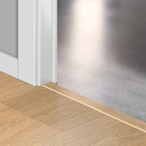 Quickstep Incizo Door/Stair Profiles Largo White Varnished Oak