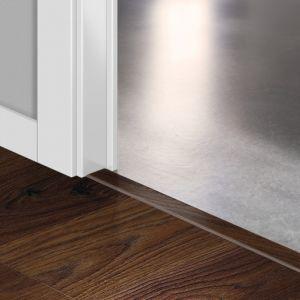 Quickstep Incizo Door/Stair Profiles Elite Old White Oak Dark Planks
