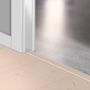 Quickstep Incizo Door/Stair Profiles Signature Painted Oak Rose