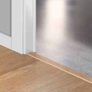 Quickstep Incizo Door/Stair Profiles White Varnished Oak